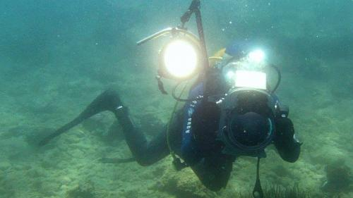 underwater camera with LED projector